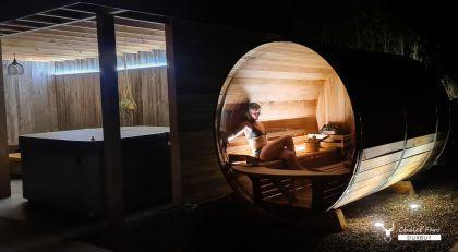 Wellness by night in Chalet Faro Durbuy sauna en jacuzzi
